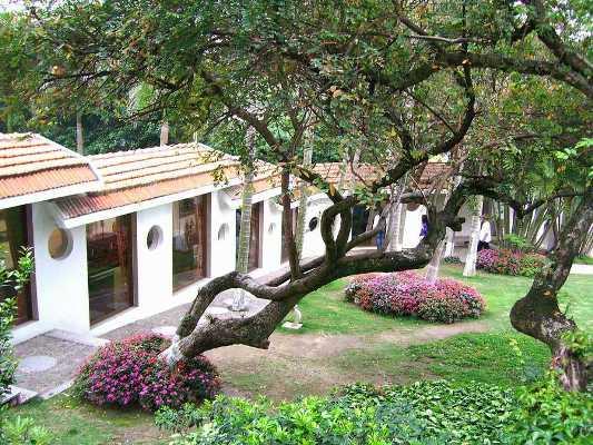 Gulangyu Piano Museum (Gulangyu Gang Qin Bo Wu Guan 鼓浪屿钢琴博物馆)