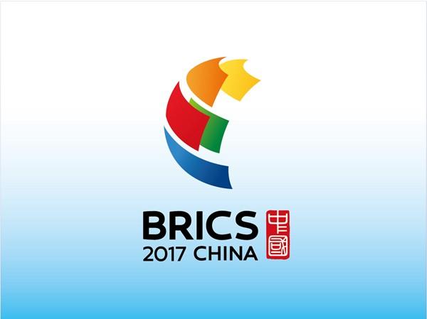 Kulangsu's famous violist Jing Yang to play and talk in English, live on international CGTN TV, for BRICS, Monday, Sept 4, 8-9:30pm
